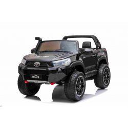 Elektrické autíčko Toyota Hilux 4X4, čierne, 2 x 12V/10 Ah batéria, EVA kolesá, Kvalitné odpruženie, LED svetlá, čalúnené sedadlo, 2,4 GHz DO, kľúč, 4X4 Pohon, Dvojmiestne, USB, SD karta, Bluetooth ORGINAL licencia