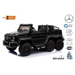 Zánovné elektrické autíčko Mercedes-Benz G63 6X6, čierné Lakované, LCD obrazovka, 6 Kolies, Podsvietené kolesá, Pohon 4x4, 12V14AH, Prenostné batérie, EVA kolesá, Čalúnené sedadlo, 2,4 GHz DO, kľúč, 4 X MOTOR, Dvojmiestne, Dve pedálové tlačidlá