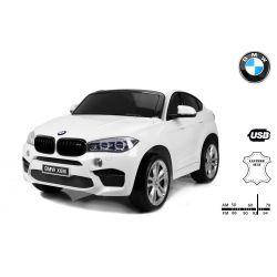 Elektrické autíčko BMW X6 M, 2 miestne, 2 x 120 W motor, 12V, elektrická brzda, 2,4 GHz dialkové ovládanie, otváravé dvere, EVA kolesá, kožené sedadlo, 2 X MOTOR, biele, ORGINAL licencia